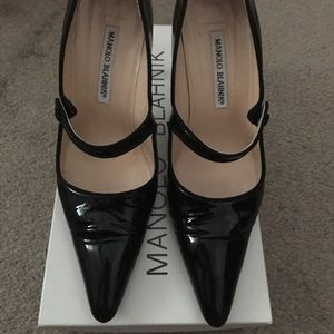 Authentic Pre-owned Manolo Blahnik Pumps